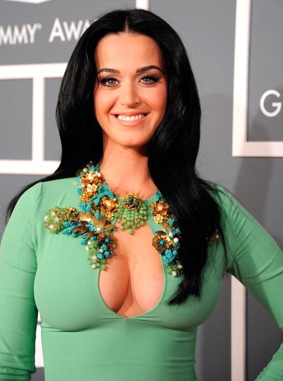 Фото платье с обнаженной грудью фото 194-67